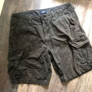 American Eagle | Brown Cargo Shorts